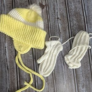 Vintage baby hat and mittens